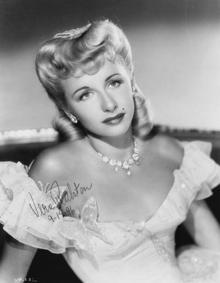 Vera RALSTON (12 Juillet 1919 / 9 Février 2003)
