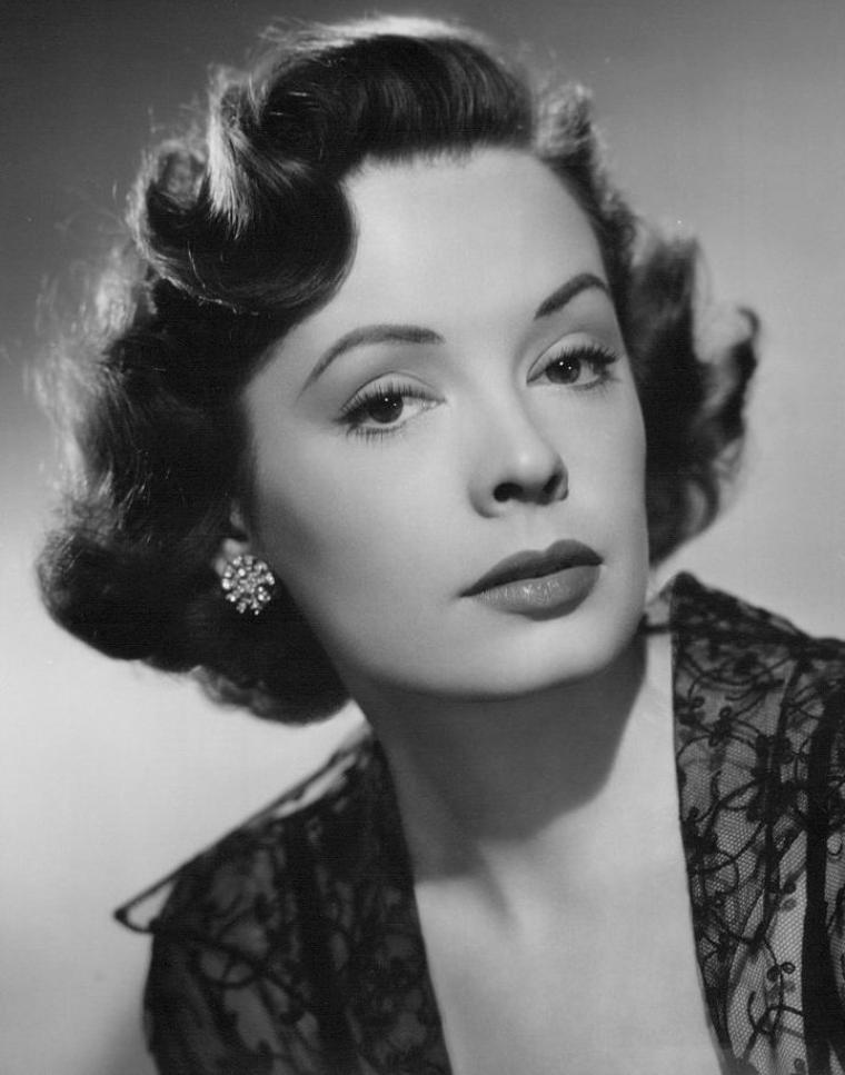 Jane GREER (9 Septembre 1924 / 24 Août 2001) (photo N.B. 1951)