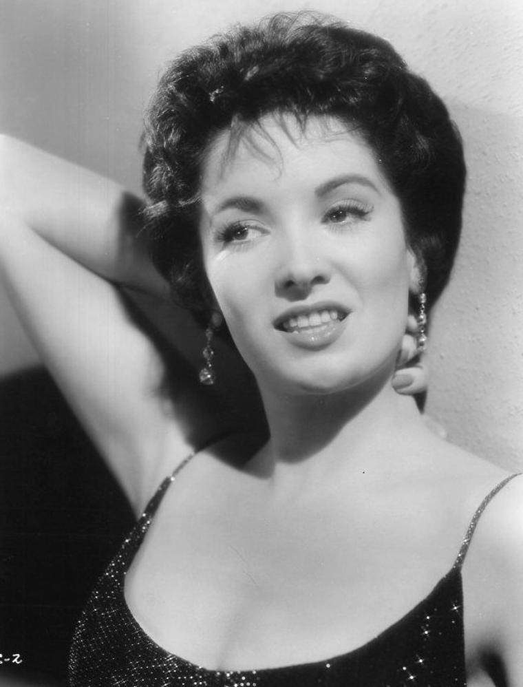 Linda CRISTAL (25 Février 1934) (photo N.B. 1958)
