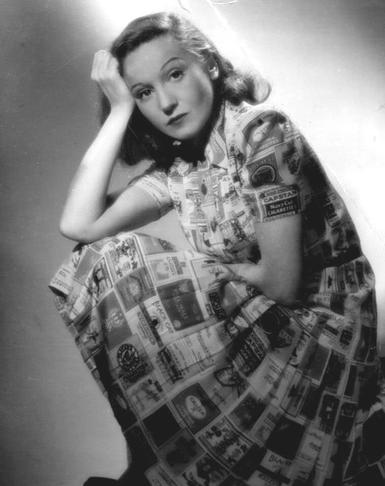 Elisabeth BERGNER (22 Août 1897 / 12 Mai 1986) (photo sépia 1935)