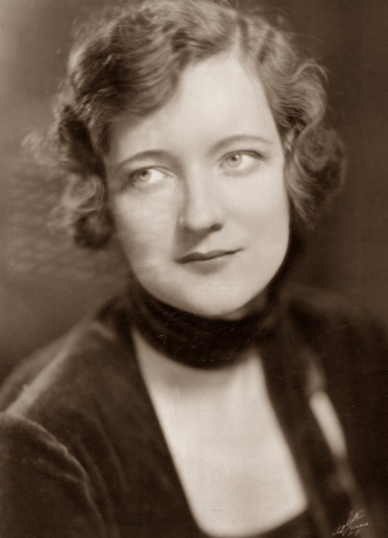 Peggy WOOD (9 Février 1892 / 18 Mars 1978) (photo sépia 1937)