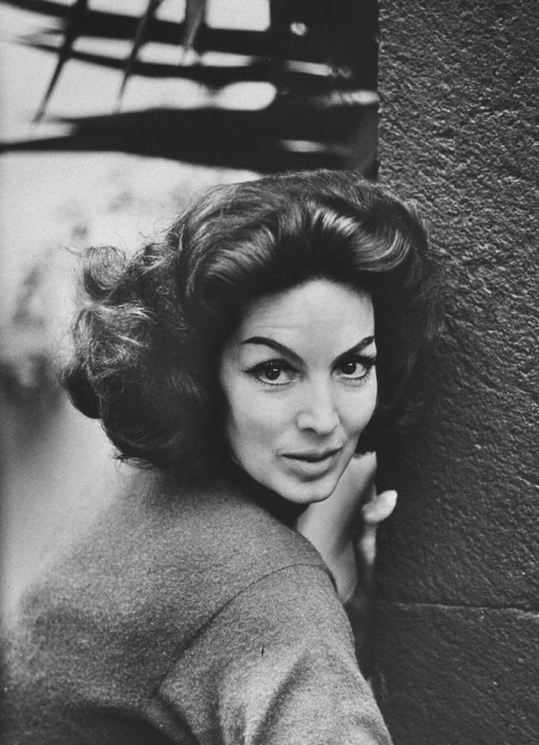 Maria FELIX (8 Avril 1914 / 8 Avril 2002) (photo N.B. 1960)