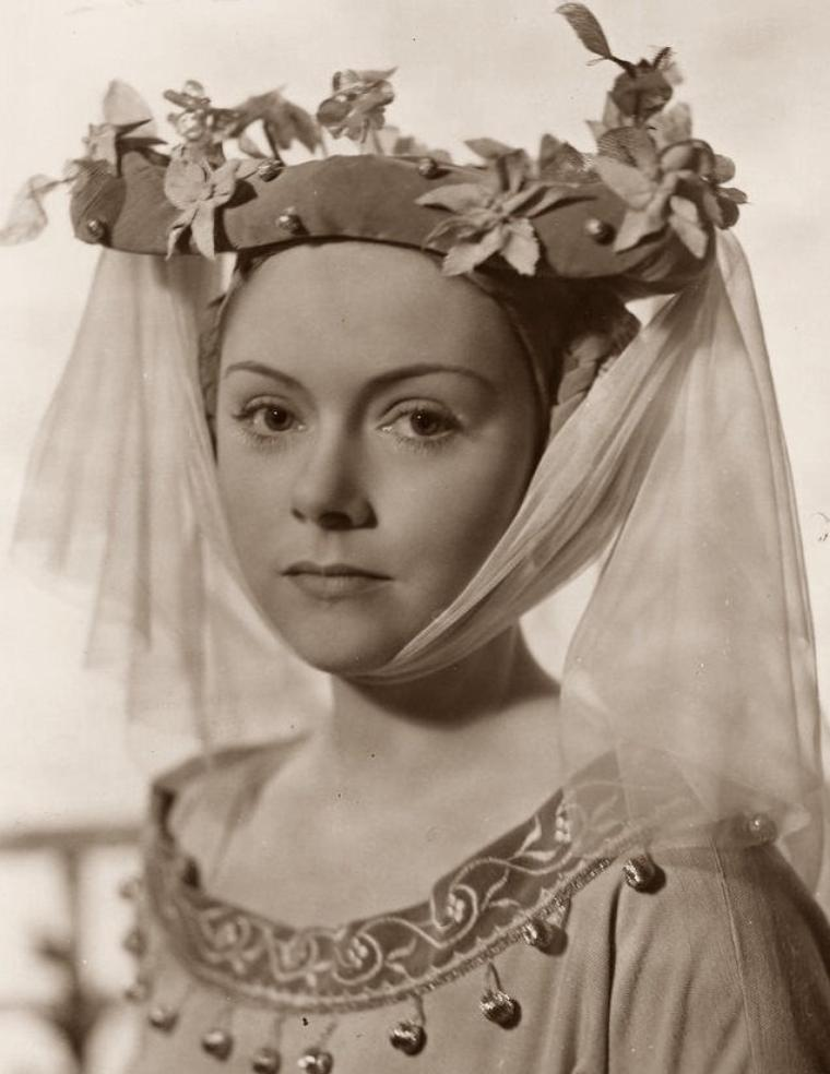 Renée ASHERSON (19 Mai 1915) (photo sépia 1944)