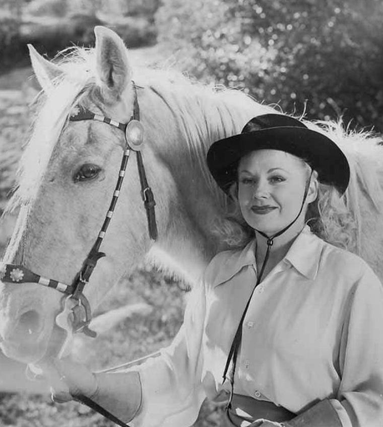 Patricia KNOX (6 Août 1926)