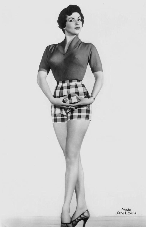 Nicole MAUREY (20 Décembre 1926)