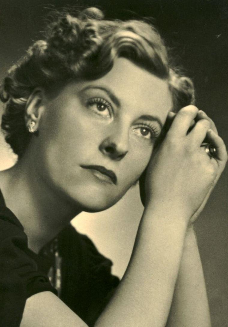 Marianne HOPPE (26 Avril 1909 / 23 Octobre 2002)