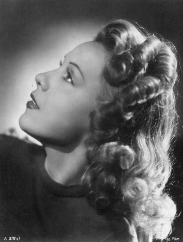 Anny ONDRA (15 Mai 1903 / 28 Février 1987)