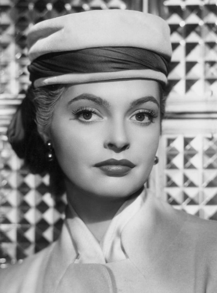 Nadja TILLER (16 Mars 1929)