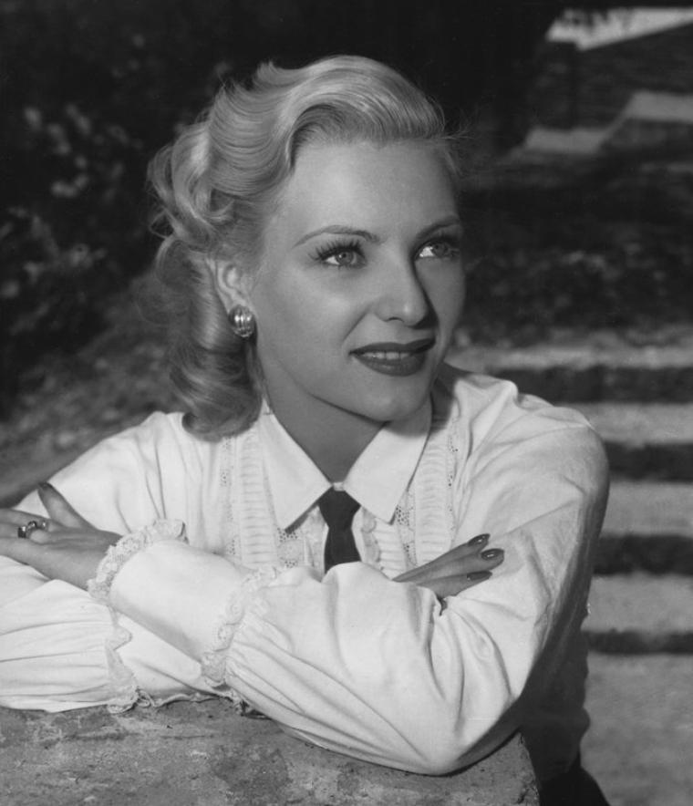 Miroslava STERN plus connue sous le pseudo de Miroslava (26 Février 1925 / 9 Mars 1955) (photo N.B. 1950)