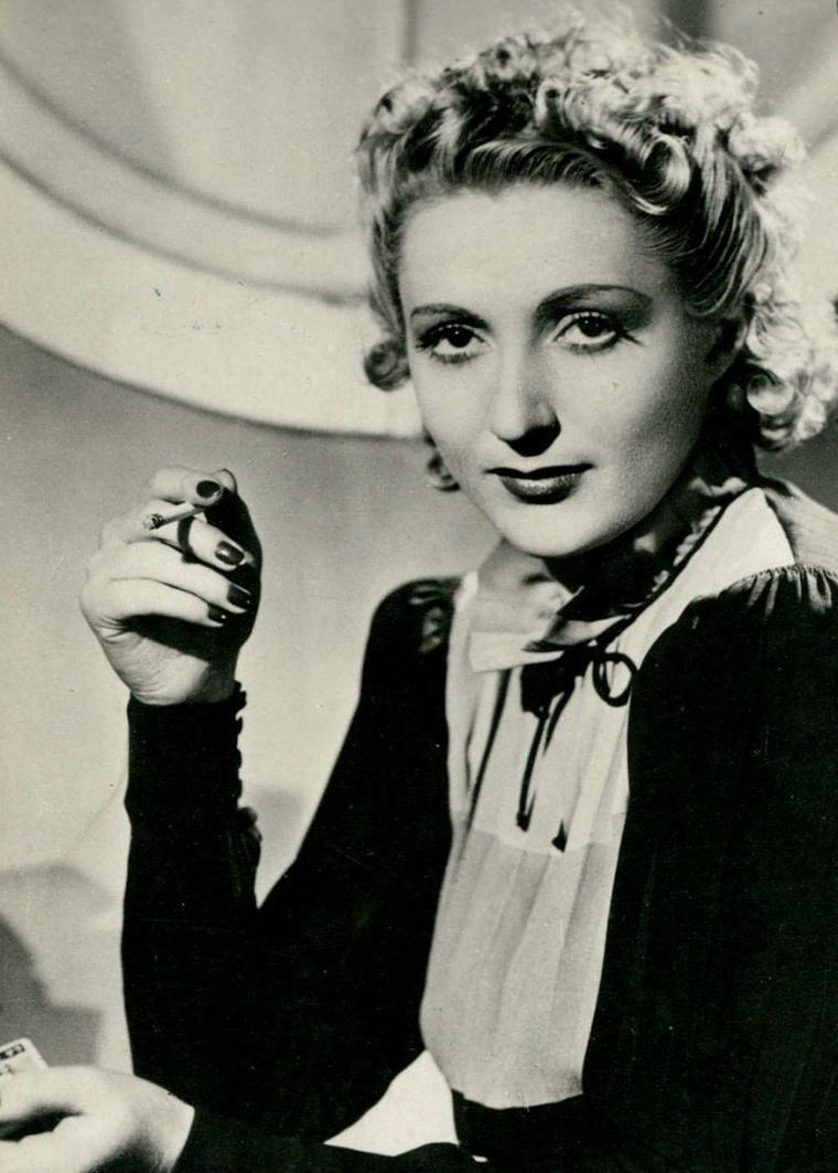 Annie DUCAUX (10 Septembre 1908 / 31 Décembre 1996)