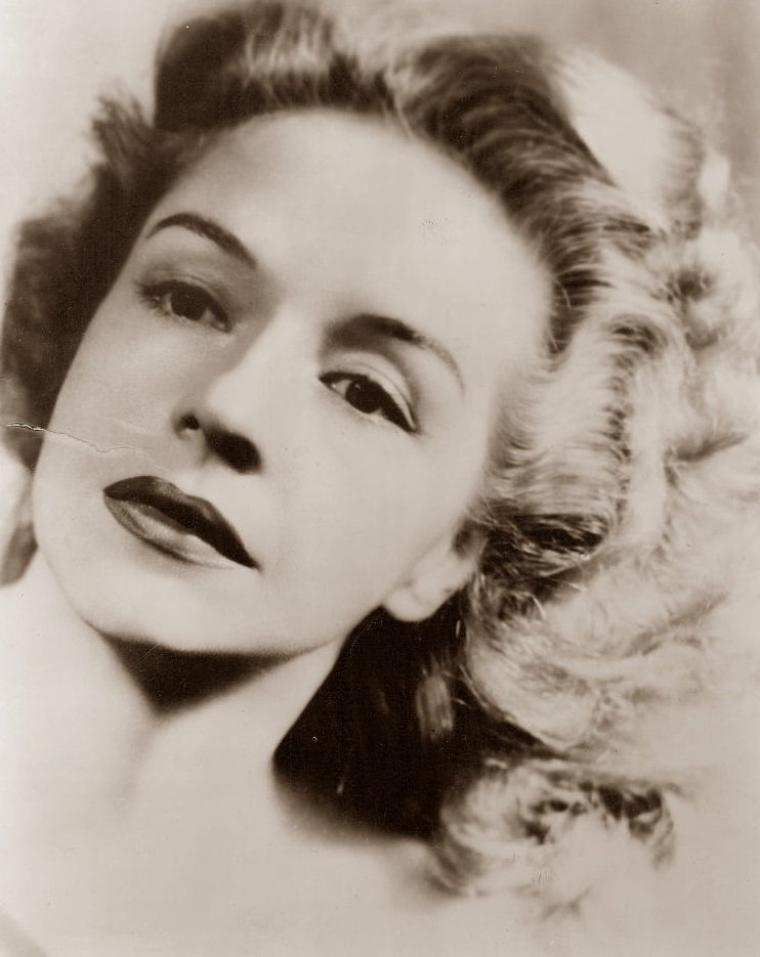 Ruth FORD (7 Juillet 1911 / 12 Août 2009) (photo sépia 1949)
