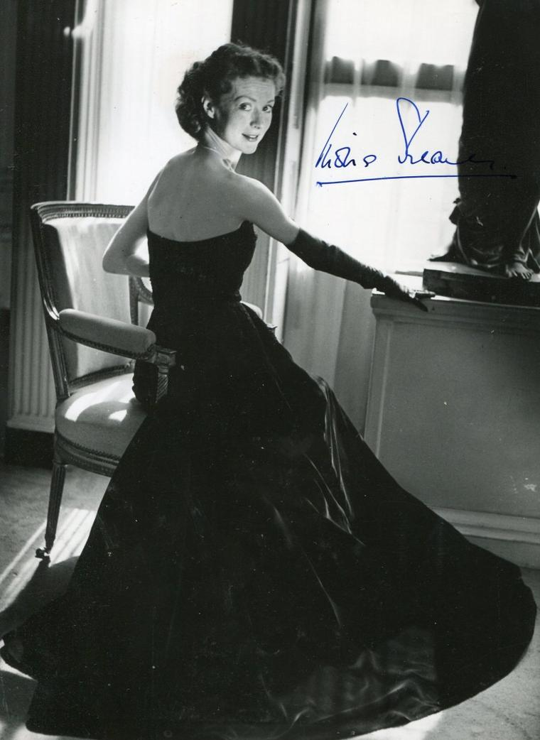 Moira SHEARER (17 Janvier 1926 / 31 Janvier 2006) (photo couleur 1948)