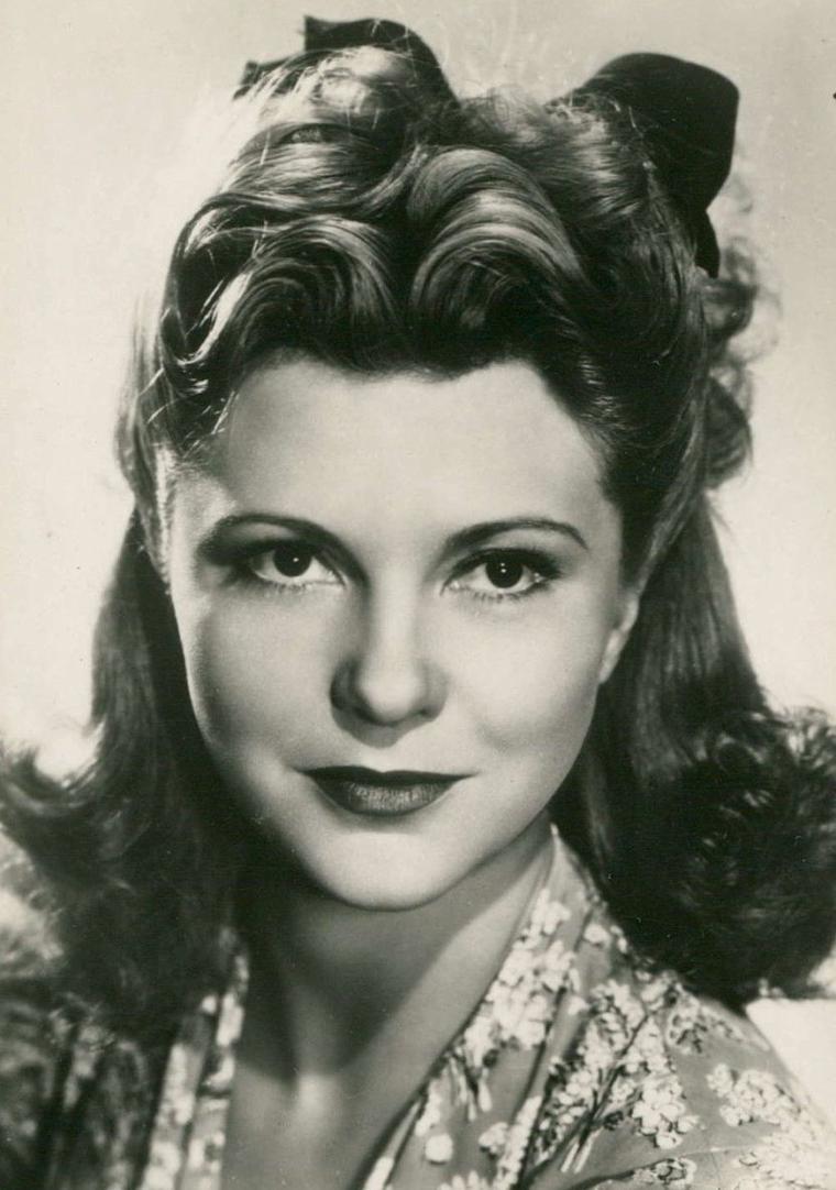 Sophie DESMARETS (7 Avril 1922 / 13 Février 2012)