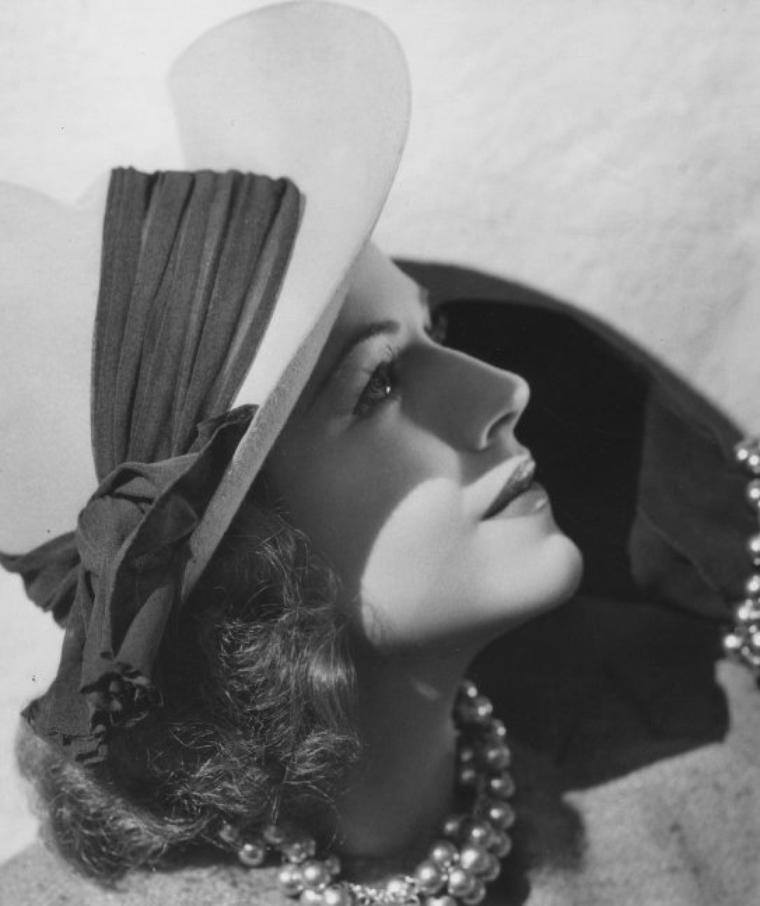 Helen WOOD (4 Juin 1917 / 8 Février 1988) (photo sépia 1933)
