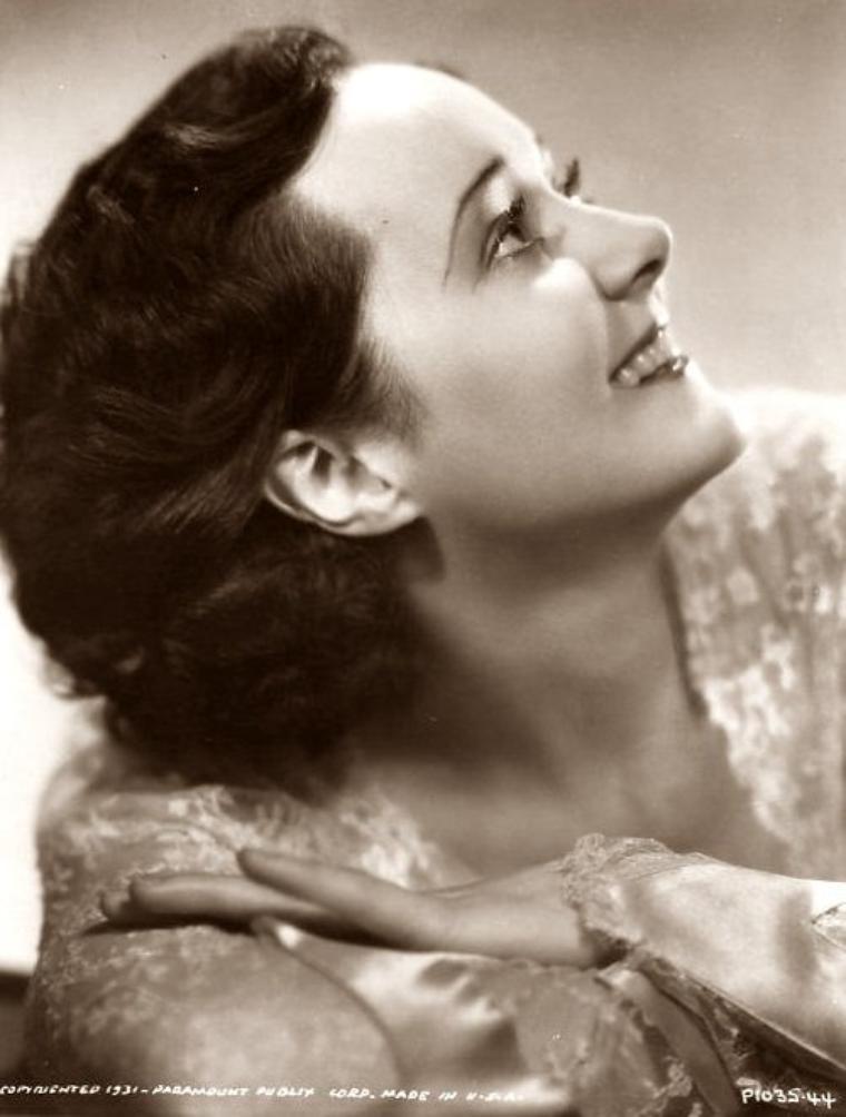 Vivienne OSBORNE (10 Décembre 1896 / 10 Juin 1961) (photo sépia 1931)