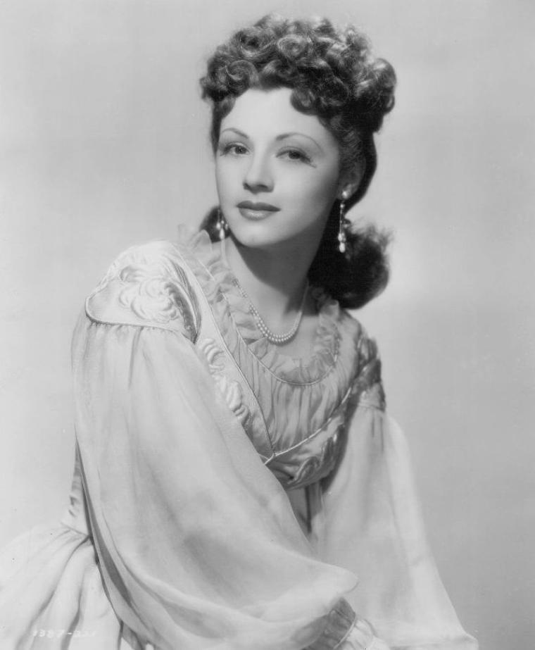 Esther FERNANDEZ (23 Août 1917 / 21 Octobre 1999)