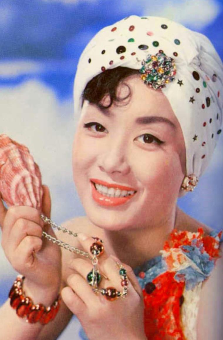 Hibari MISORA (29 Mai 1937)