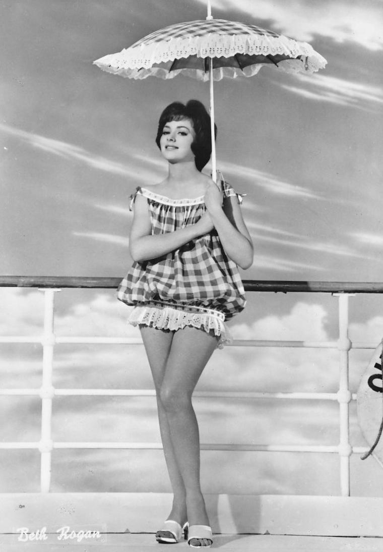 Beth ROGAN (1935)