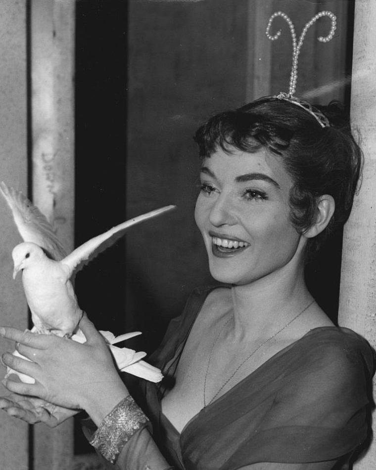 Diane CILENTO (5 Octobre 1933 / 6 Octobre 2011)