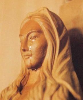 Les icones religieuses qui pleurent ou saignent