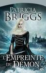 P. BRIGGS, Masques