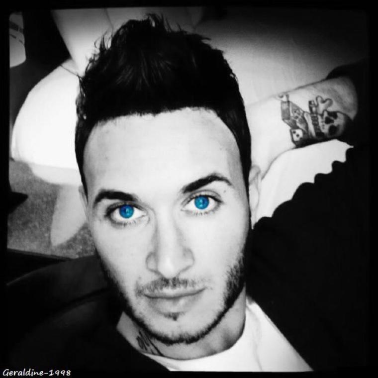 Nony les yeux bleus