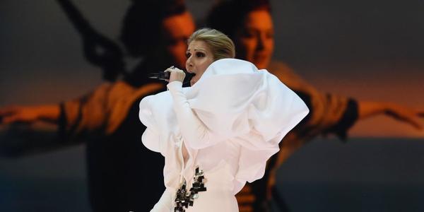 Une performance sans faille de Céline Dion qui interprète 'My Heart Will Go On' aux BBMA's