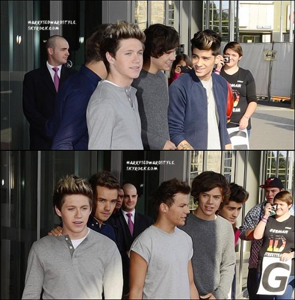 ++   22 Septembre .   Harry Styles et les boys étaient en Allemagne , en Cologne pour donner quelques interviews à diverses radios et pour rencontrer leurs fans + Découvre une photo d'un tout nouveau shoot des boys .  +