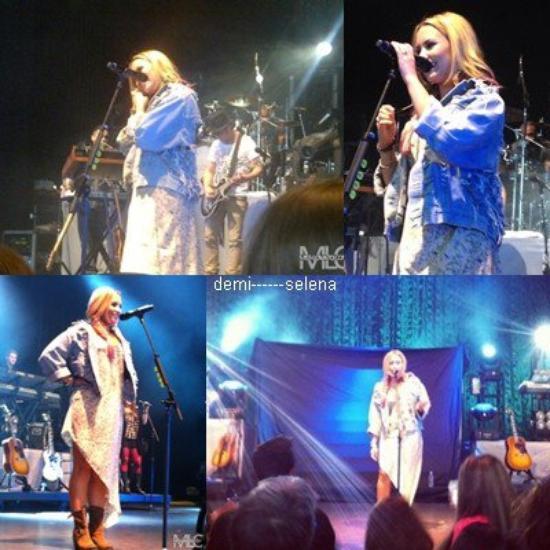 Demi Lovato: perfomance à Saratoga Springs, NY