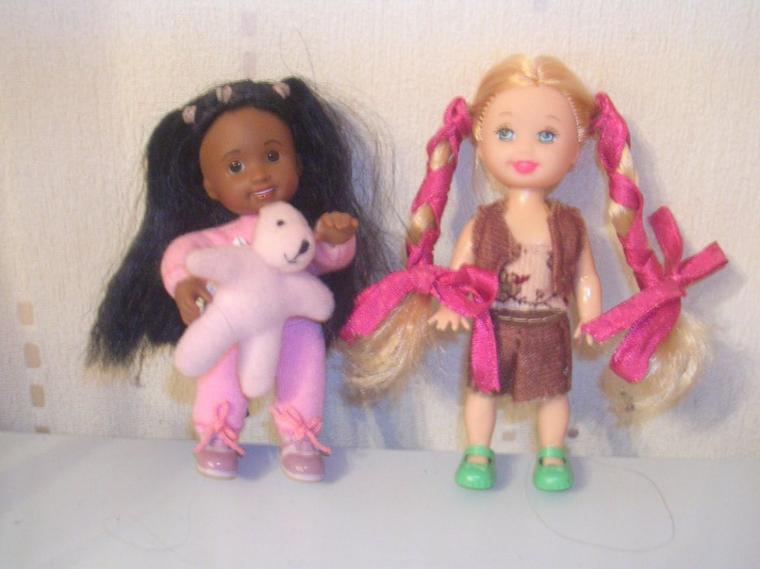 Jolies petites poupées