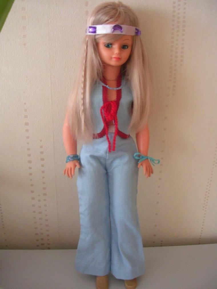 Cathie en ensemble pantalon bleu ciel