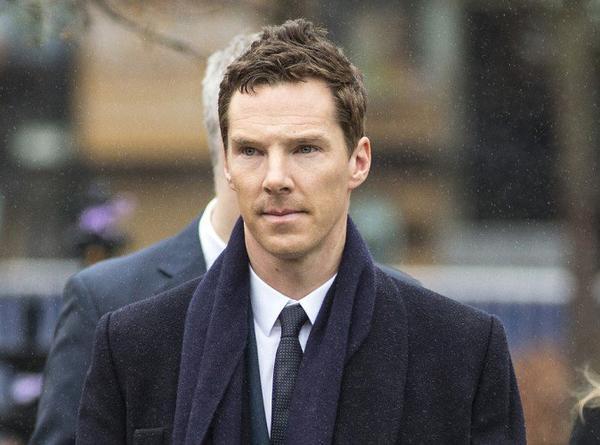 Benedict sacré par la Reine Elizabeth