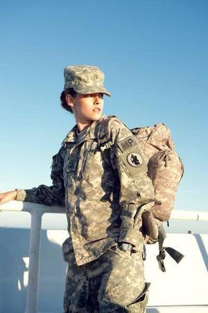 #NEWS #KristenStewart nouvelles photos de Camp X-Ray + Trailer VO et Synopsis !
