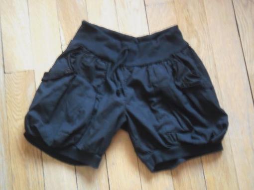 short boule noir