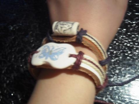 deux bracelets