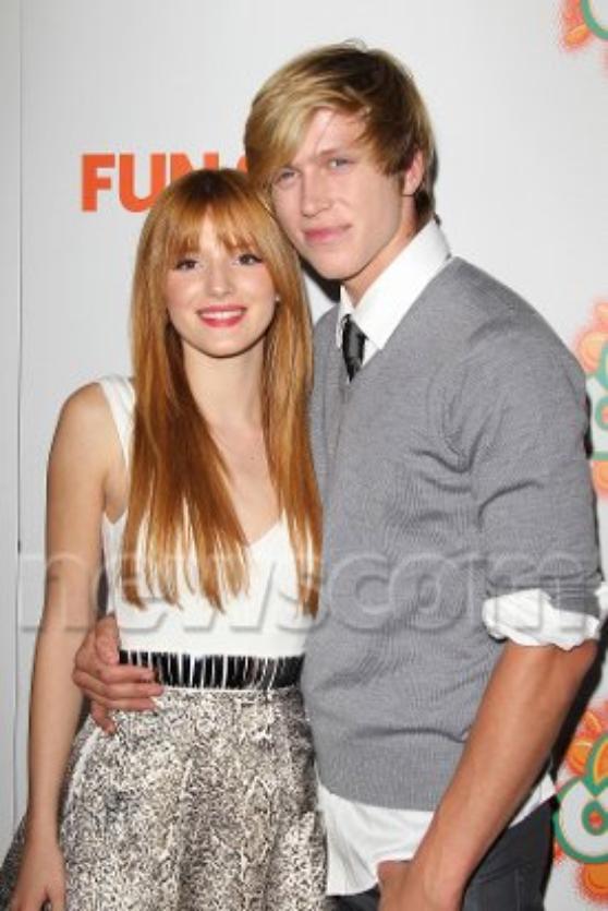25 octobre 2012 Bella à la première du film Fun Size