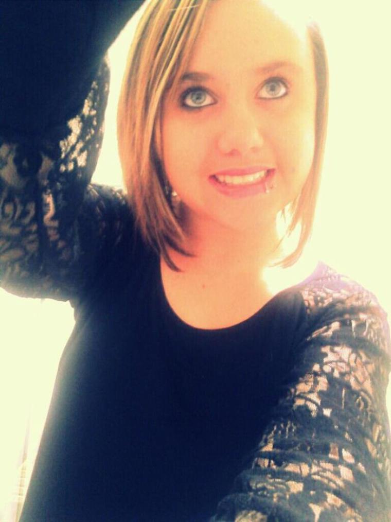 Quoi de mieux qu'une fille qui à toujours le sourire ??