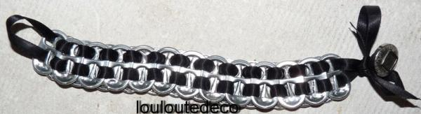 bracelet capsules