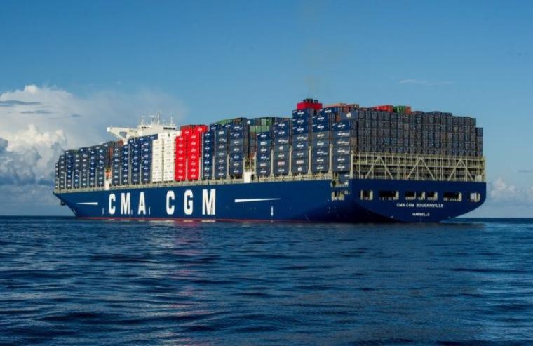voile le plus grand porte-containers qui arrive au havre