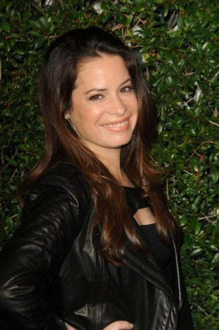 Holly Marie Combs : La star de Charmed va se marier une troisième fois !