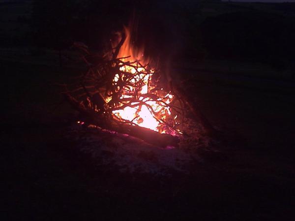 un joli feu au calvaire 02/07/2011