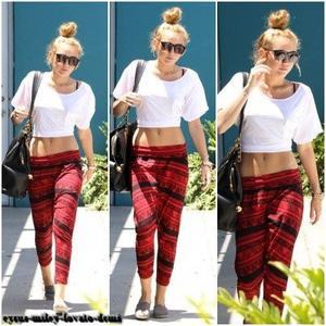 Le 23 juin , Miley quitte son cours de pilates .