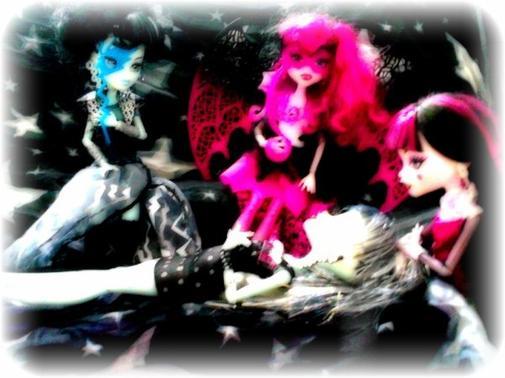 Photos pour le concours de MonsterHighSoeurette