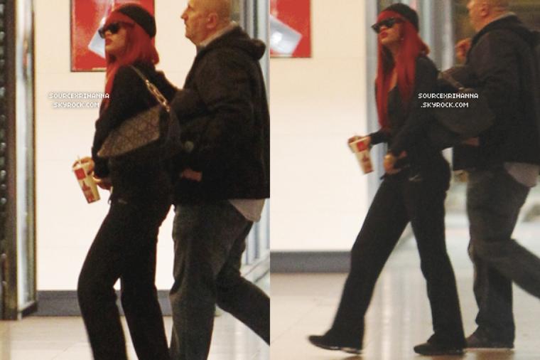 """02/03/11 : Rihanna part faire du shopping en Australie.  // + Rihanna se rend à une fête organisée par """"Optus"""" et va au restaurant à Sydney! //"""