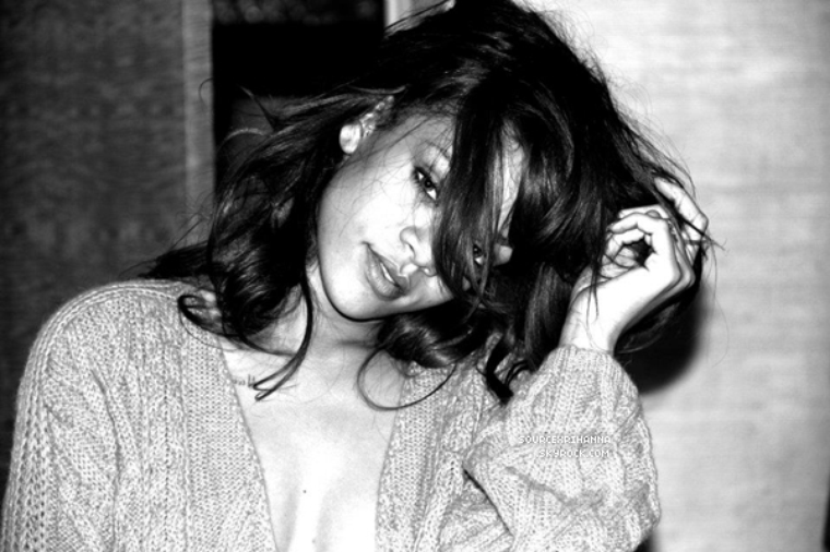 Photos de Rihanna pendant les coulisses de sa tournée « Loud Tour 2011 »