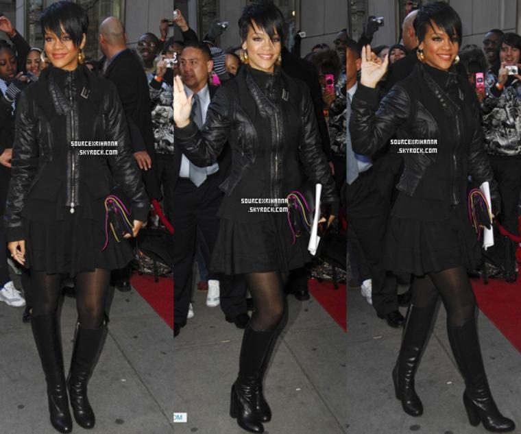 """31/01/08: Rihanna au Lancement de la collection """"Fashion Against AIDS"""" par H&M."""