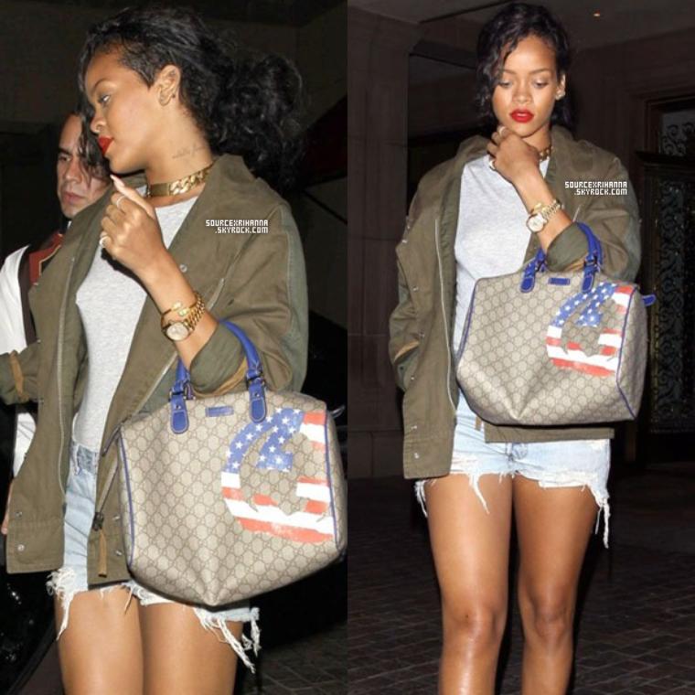 13AOÛT// Rihanna a été vu quittant le célèbre restaurant « Scarpetta » à Los Angeles.