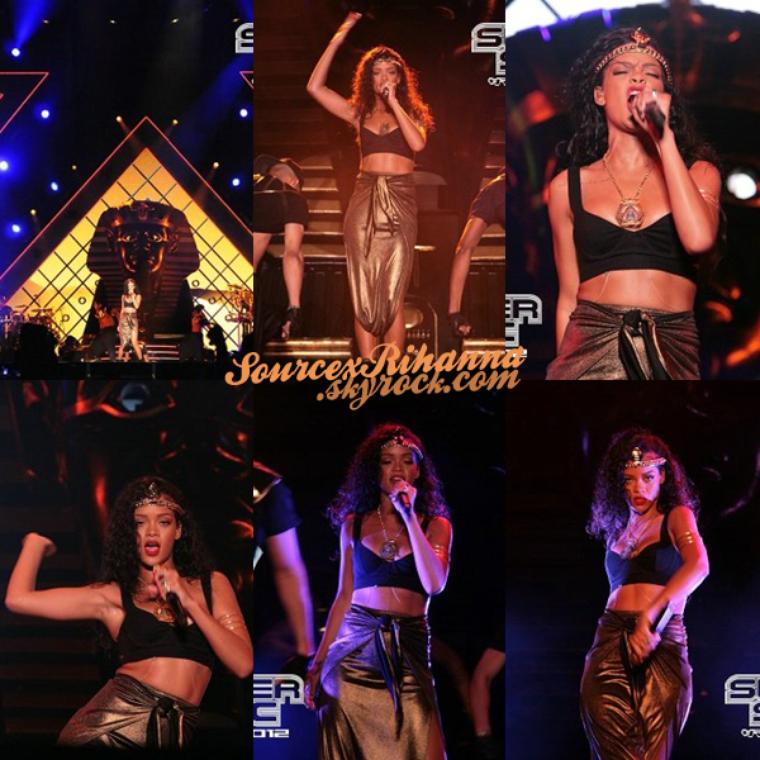 18-19AOÛT// Notre queen Rihanna sur la scène du festival « Summer Sonic » à Osaka au Japon.