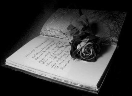 """Et encore Accordée ma Lady <3    C'est fou tu as un DON :D <= Ho merci ma Belleuh :) je t'aimeuh !!! et elle s'appelle """"mon cahier magique"""""""
