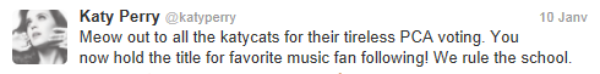 Message Bizarre de Miley qui fait des rêves avec Katy ! + Message pour tout les Katycats